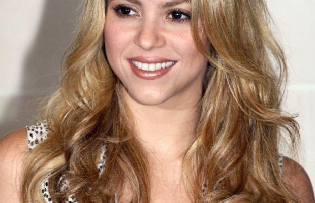 Shakira, She Wolf Paris presentation, 2009