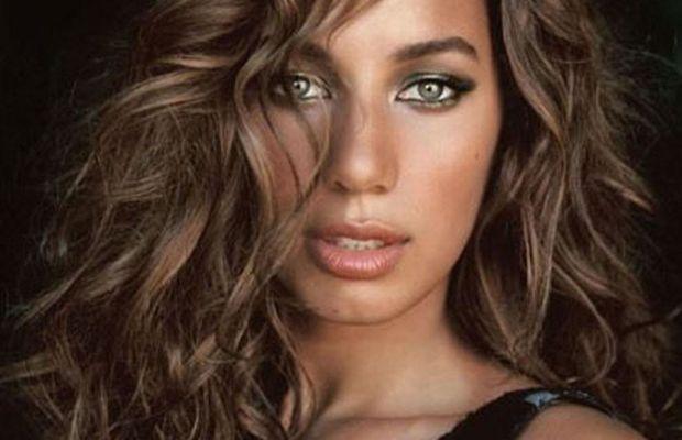 Leona Lewis layered waves