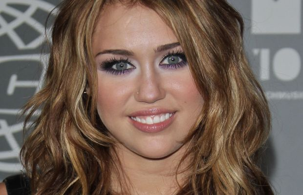Miley Cyrus, MuchMusic Video Awards 2010