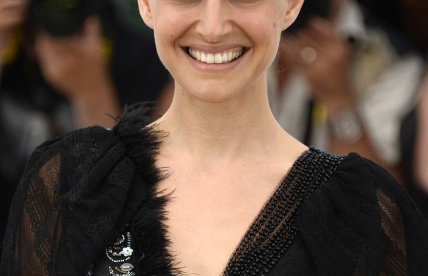 Natalie Portman at the 2015 Cannes photocall for 'A Tale of Love and Darkness'.