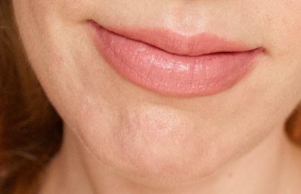 Clinique Pop Lip Colour and Primer in 4 Beige Pop