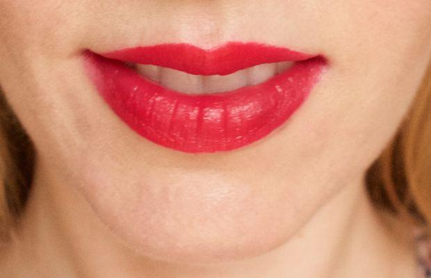 Clinique Pop Lip Colour and Primer in 8 Cherry Pop