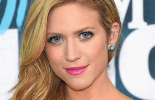 Brittany Snow, CMT Music Awards 2015