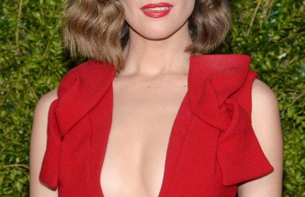 Rose Byrne, Tony Awards 2015