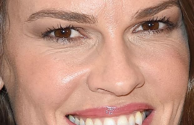 Hilary Swank, USO Comfort Crew for Military Kids event, 2015