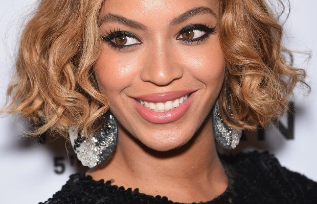 Beyonce medium wavy hair