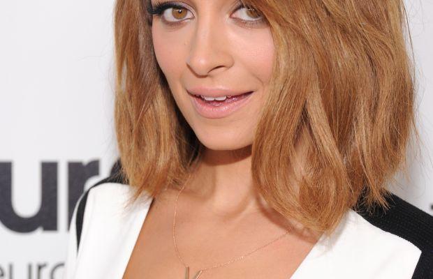 Nicole Richie medium wavy hair