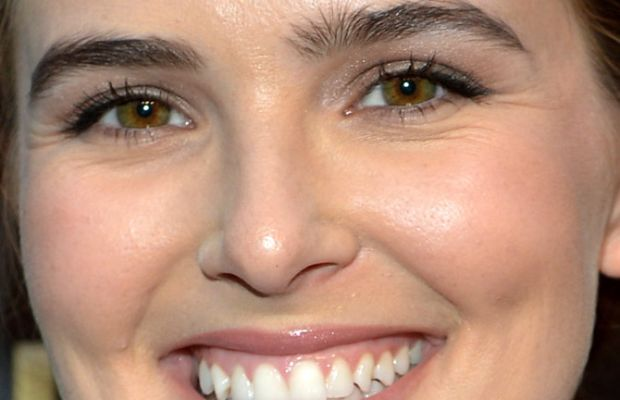 Zoey Deutch, Tut celebration, 2015