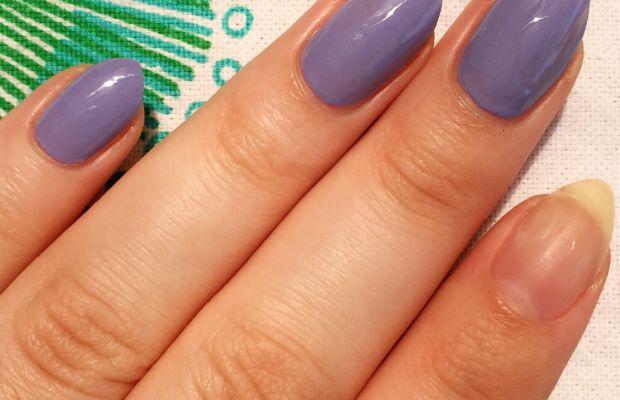 How to apply nail polish (1)