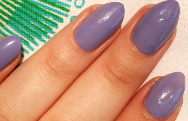 How to apply nail polish (4)