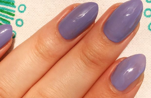 How to apply nail polish (3)