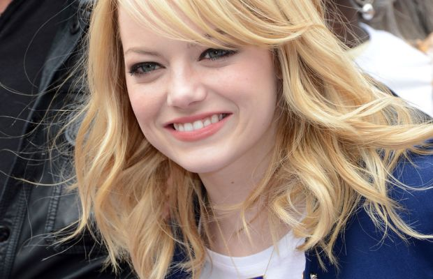 Emma Stone, Be Amazing Stand Up and Volunteer event, 2012