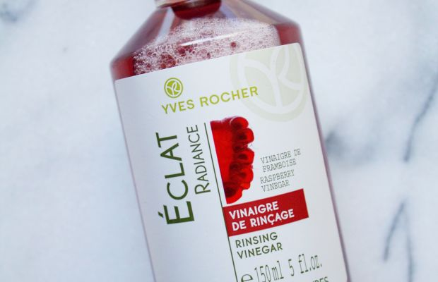 Vinegar rinse for hair