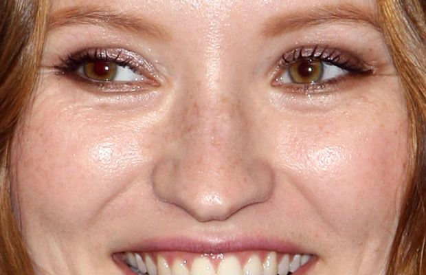 Emily Browning, Legend press conference, TIFF 2015