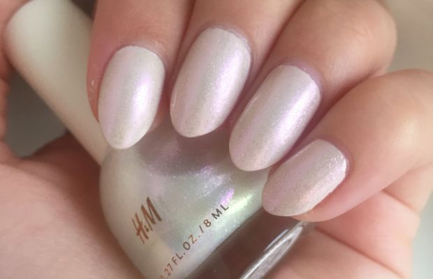 HM Nail Colour in December Dawn (swatch)