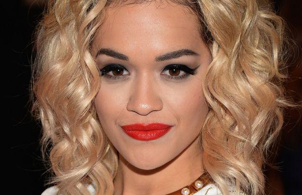 Rita Ora medium curly hair