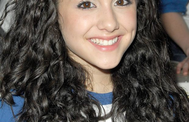 Ariana Grande, Planet Hollywood Times Square visit, 2008