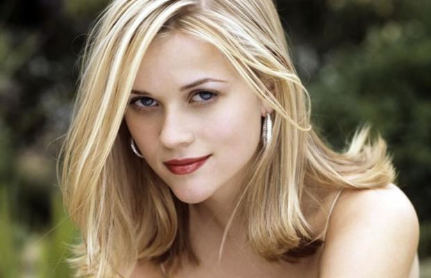 Reese Witherspoon blonde highlights