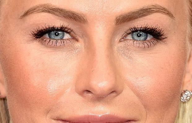 Julianne Hough, Emmy Awards 2016