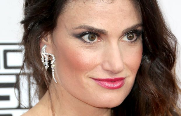 Idina Menzel, American Music Awards 2016