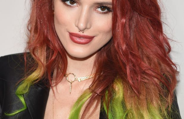 Bella Thorne, American Music Awards 2016