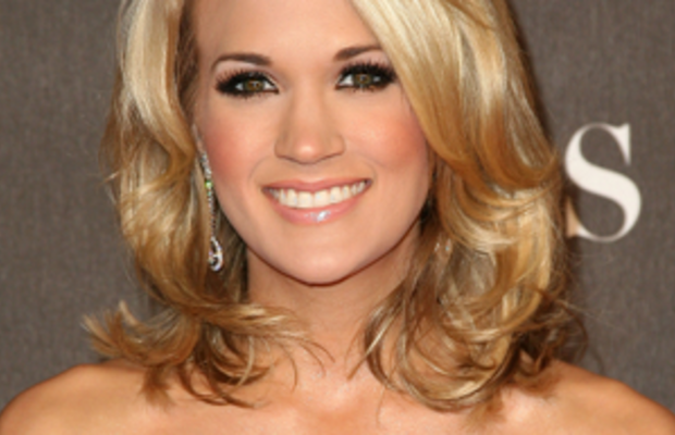 carrie-underwood-peoples-choice-awards-2010