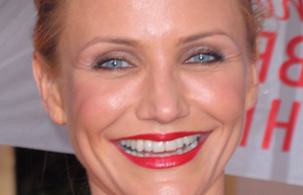Cameron_Diaz_arrives_at_the_67th_Annual_Golden_Globe_Awards