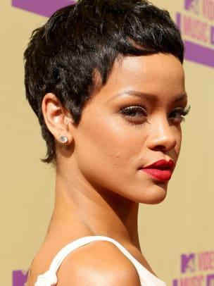 Rihanna-MTV-Video-Music-Awards-2012