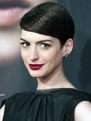 Anne-Hathaway-Les-Miserables-premiere-2012