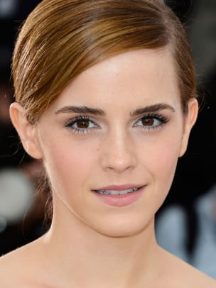 Emma-Watson-The-Bling-Ring-photocall-Cannes-2013