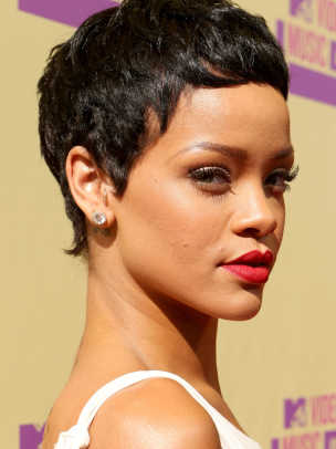 Rihanna-MTV-Video-Music-Awards-2012