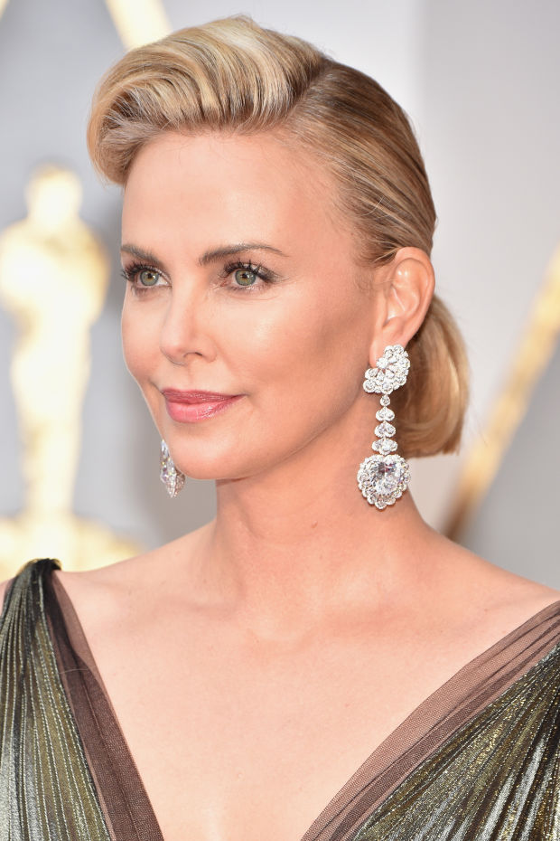 The Best (and Worst) Beauty Looks at the 2017 Oscars ...