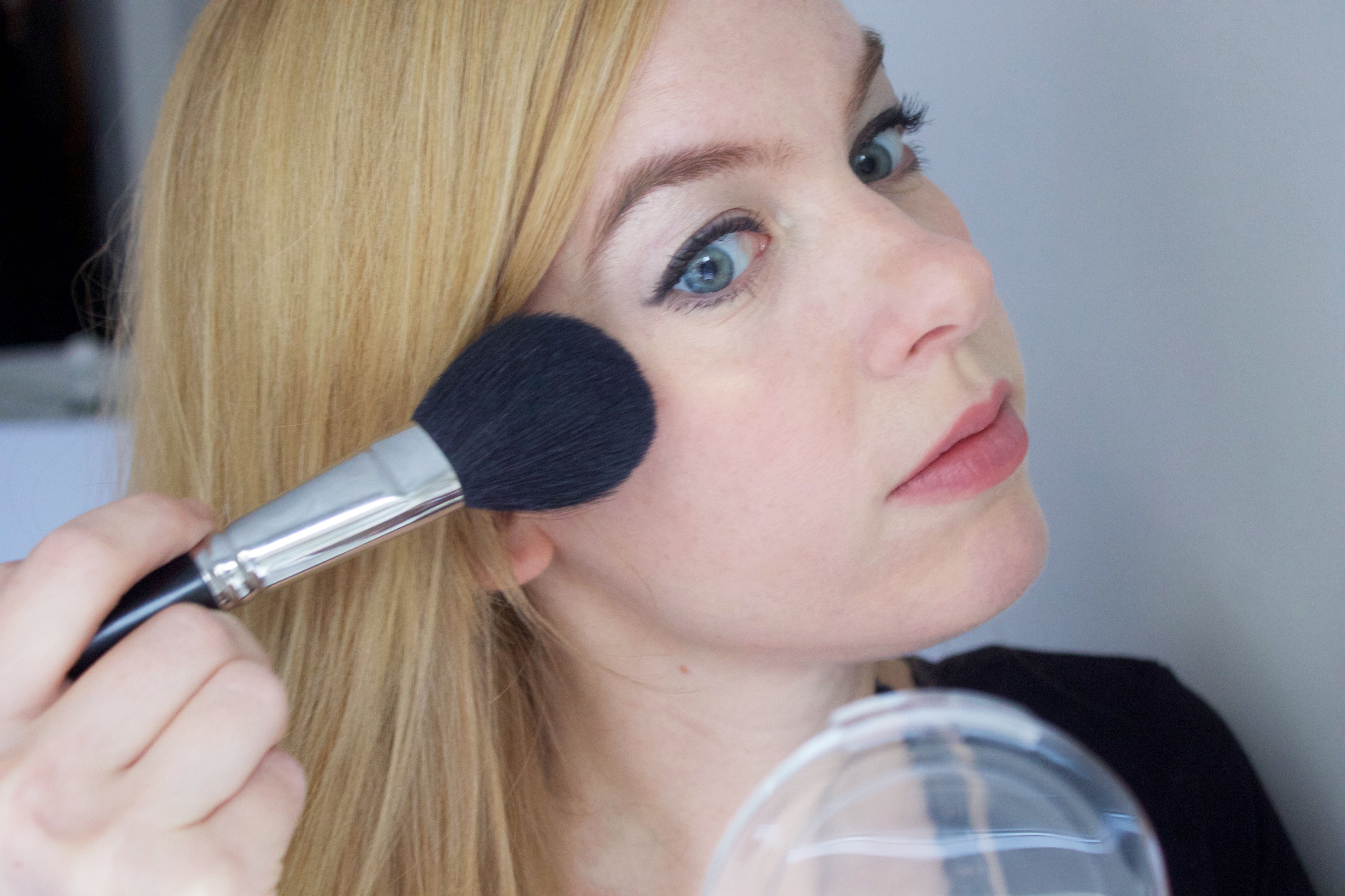 Easy holiday makeup tutorial (step 6)