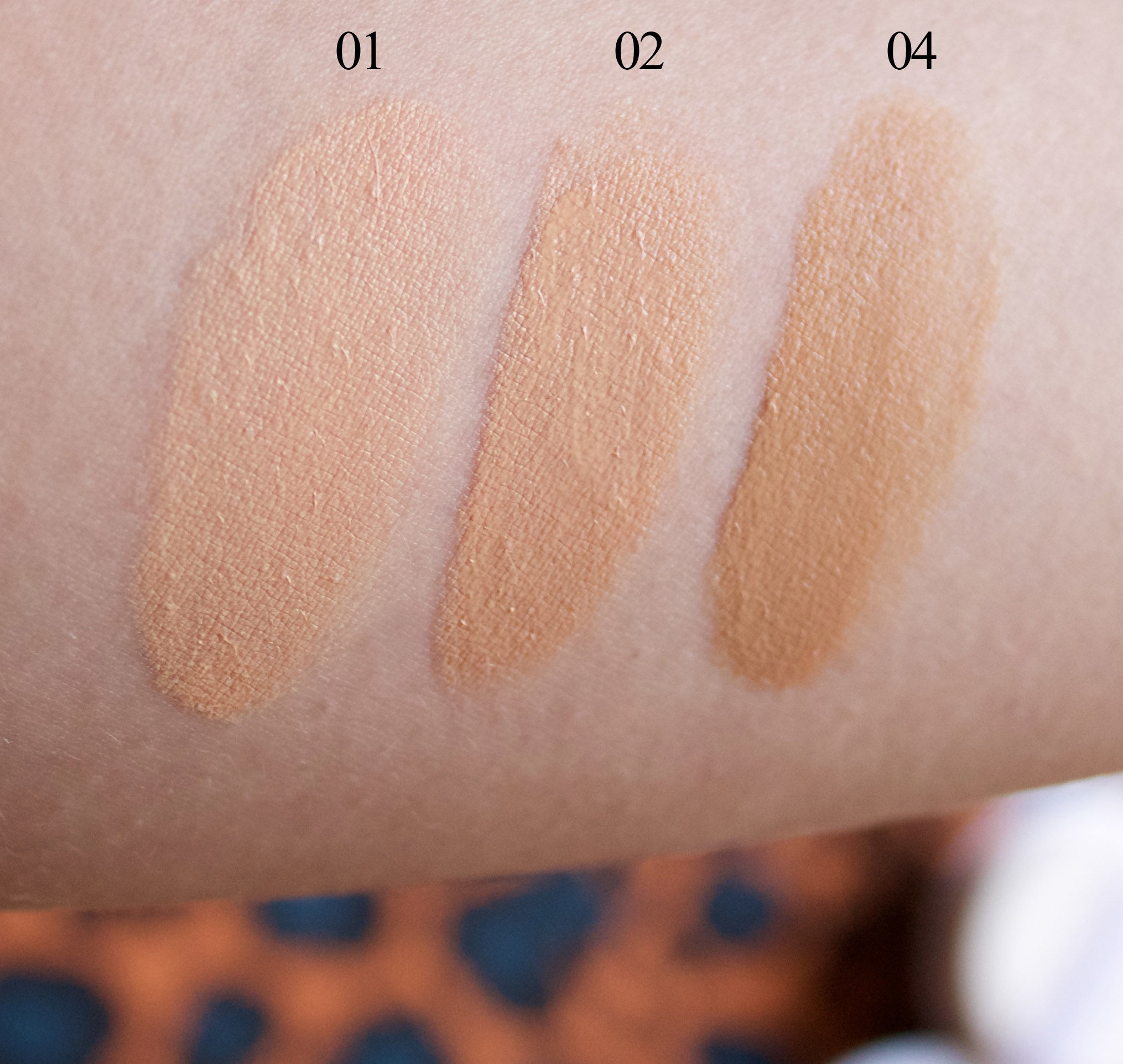 Lancome Miracle Cushion (swatches)
