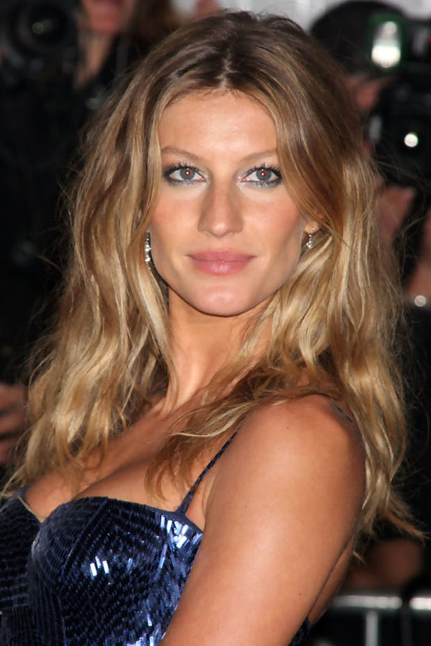 Gisele B 252 Ndchen S 10 Best Hair And Makeup Looks Beautyeditor