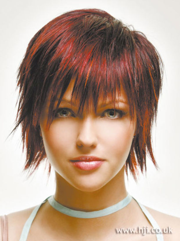 Peachy Q How Do I Grow Out My Layered Haircut Beautyeditor Short Hairstyles Gunalazisus