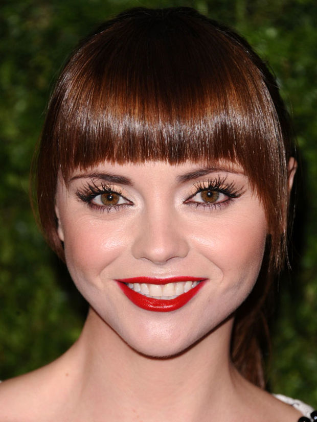 The Best (and Worst) Bangs for Round Face Shapes ...