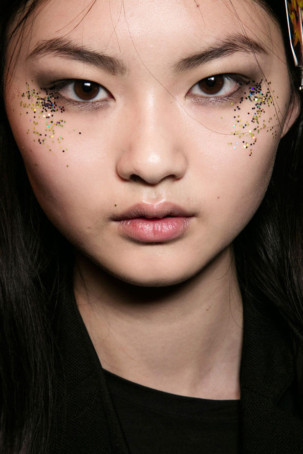 Burberry fall 2016 makeup