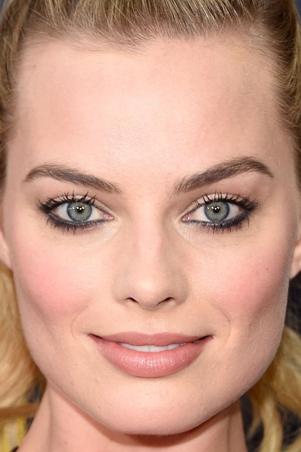 Margot Robbie, Whiskey Tango Foxtrot premiere, 2016 (close-up)