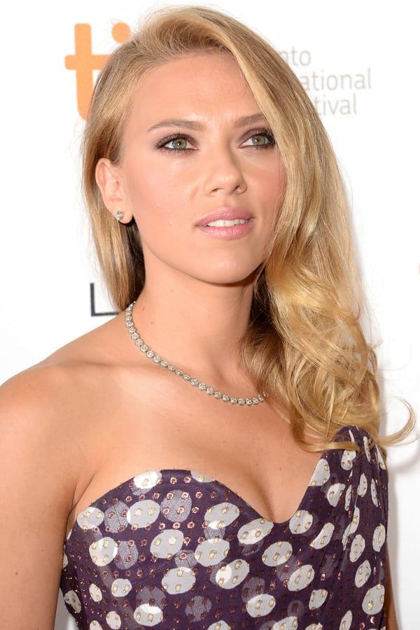 Scarlett Johansson Under The Skin Nude Pics
