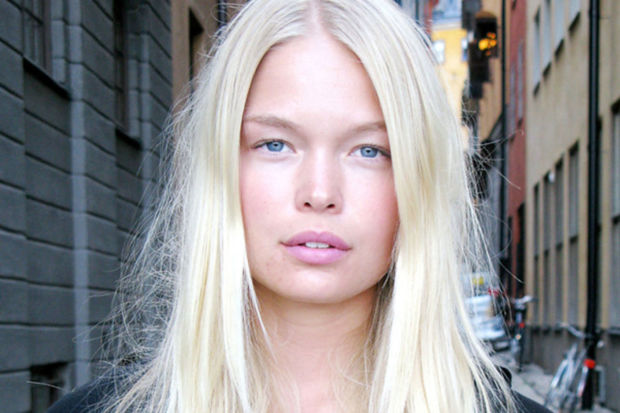 How To Touch Up Platinum Blonde Hair At Home Beautyeditor