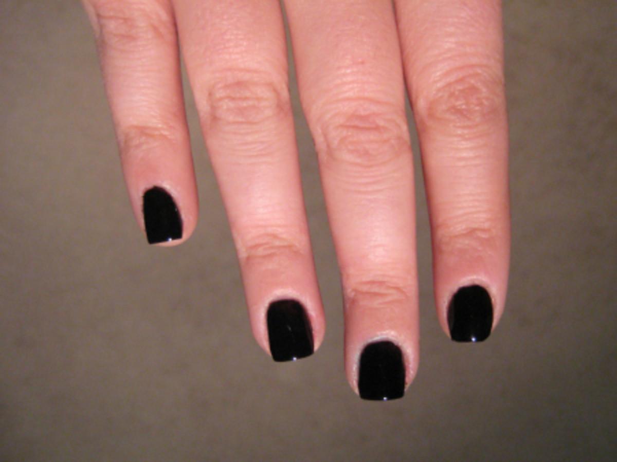 Valentine's Day nail art - step 1
