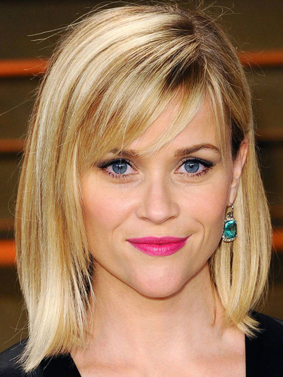 Reese Witherspoon inverted triangle face bangs