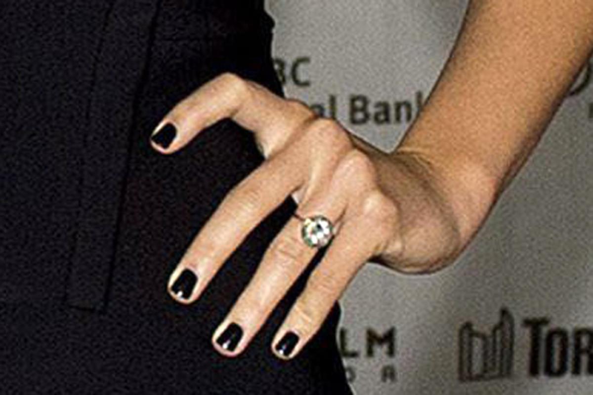 Olivia Wilde nails - Rush premiere, Toronto 2013