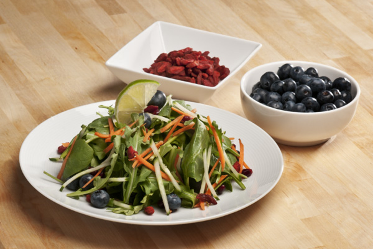 Benourished-Blueberry-Charm-Salad
