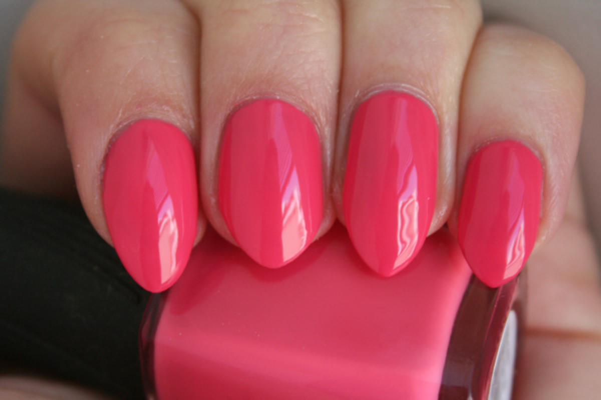 Quo by Orly Coral Contour