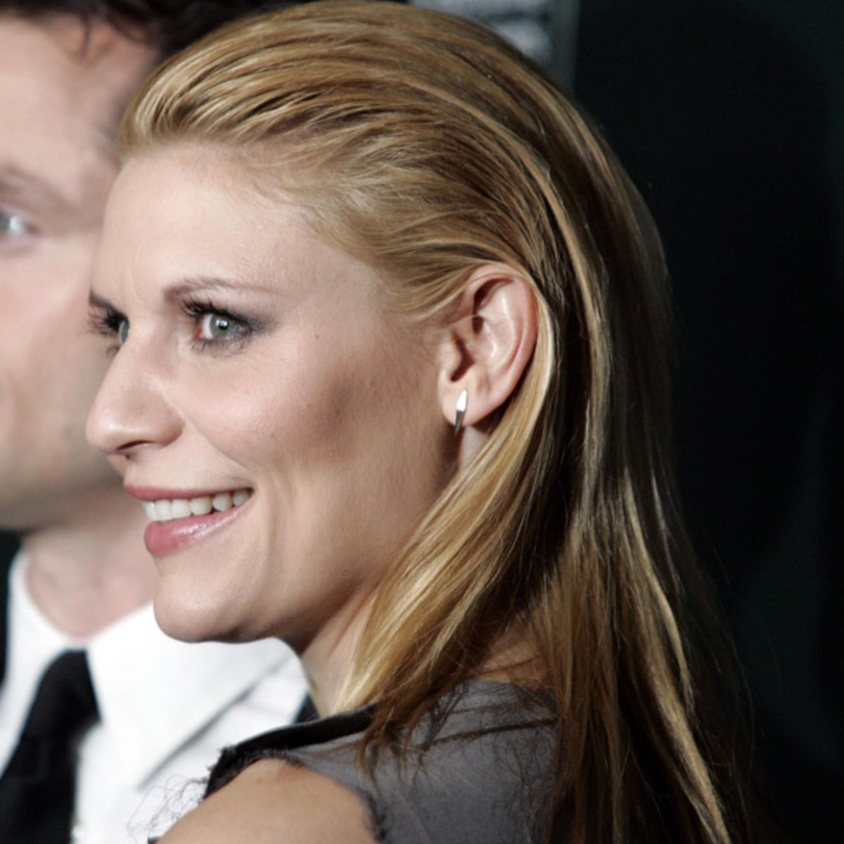 Claire-Danes-slicked-back-hair-2