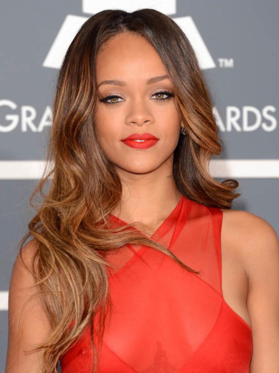 Rihanna - Grammy Awards 2013