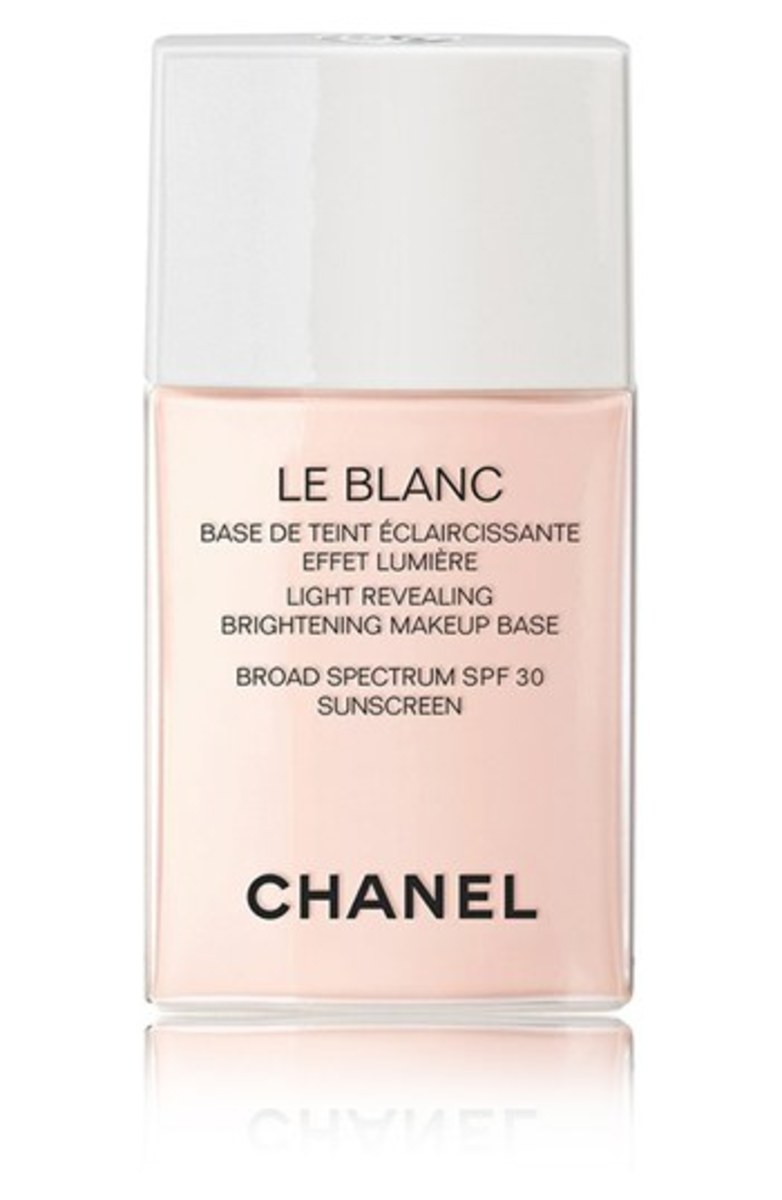 Chanel Le Blanc Light Revealing Brightening Makeup Base SPF 30