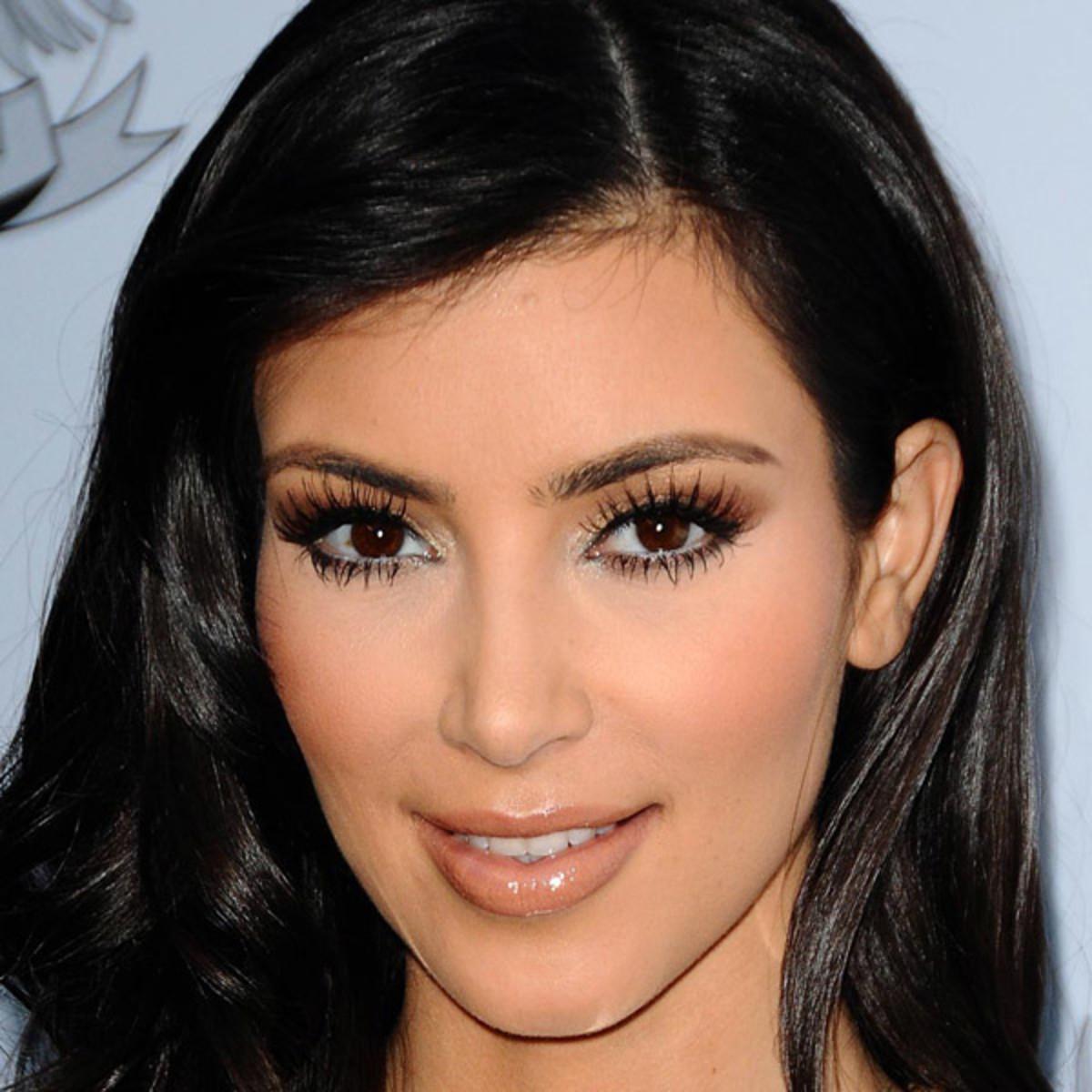 Kim Kardashian lashes